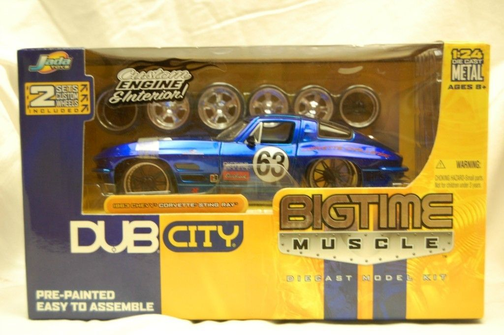 big time muscle by Jada Toys 1 24 scale blue 1963 chevy corvette sting