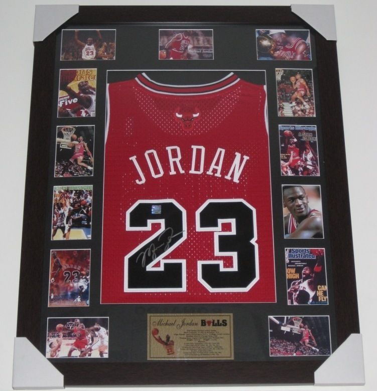 Michael Jordan Signed Chicago Bulls jersey Limited Edition of 50 WITH